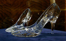 220px-Glass_slippers_at_Dartington_Crystal